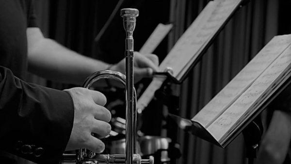 クラシック演奏会 & 映画自主上映